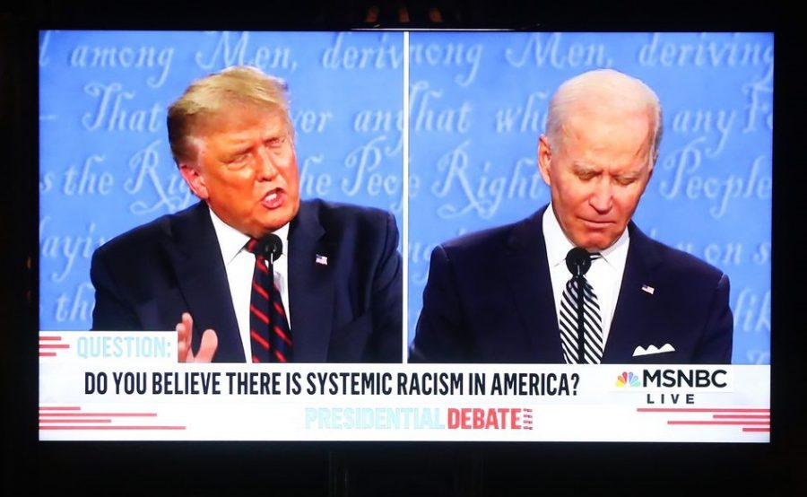 Debatable+debate.+Nasty+clashes+between+Trump+and+Biden+through+out+the+entire+event.+Many+viewers+said+there+were+no+winners+from+last+nights+debate.+%0ASource%3A+Vox.com