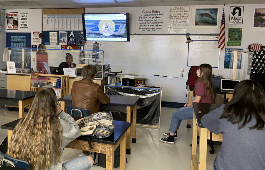 """Hurricane Hot Takes–Environmental Club members attend a bi-weekly about local issues about our beaches and our land. Junior Lilly Richards hosted a conversation with club members about the implications of the Piney Point. """"We need to hold these meetings so students can have a voice on these environmental issues."""" Richards said."""