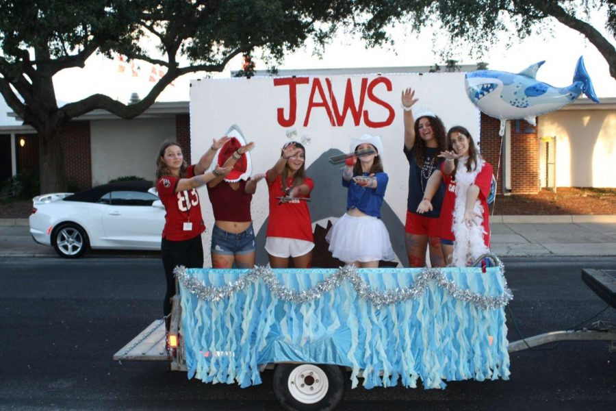 Homecoming Floats: 2021